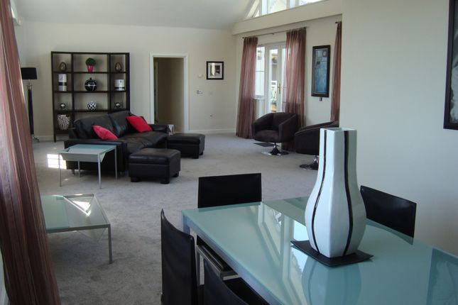Thumbnail Flat for sale in Pacific Heights North, 17 Golden Gate Way, Eastbourne, East Sussex