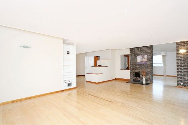 Thumbnail Detached house to rent in Onslow Road, Walton On Thames