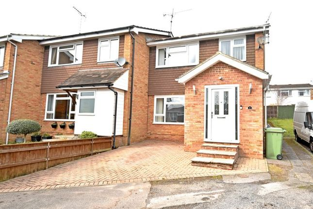 Thumbnail Terraced house to rent in Robin Close, Alton