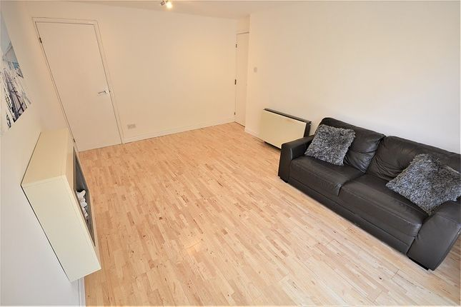 Thumbnail Property to rent in Highmoor, Maritime Quarter, Swansea
