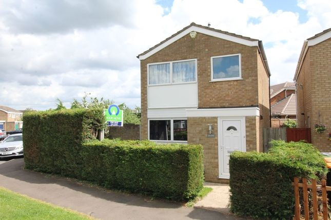 Thumbnail Detached house for sale in Pyms Close, Great Barford, Bedford