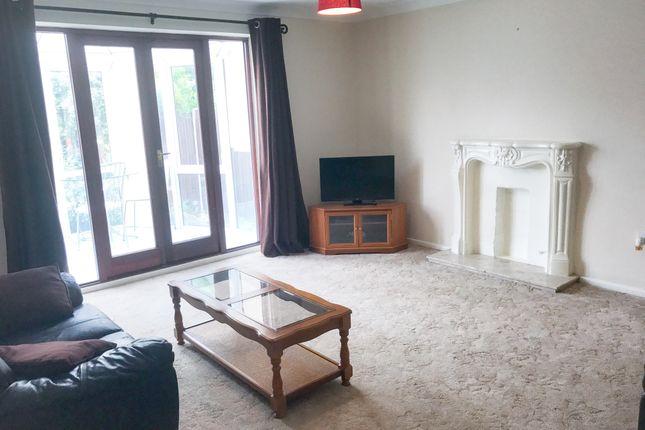 Thumbnail Property to rent in Bursledon Road, Southampton