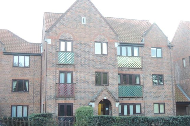 Thumbnail Flat to rent in Tynedale Square, Highwoods, Colchester