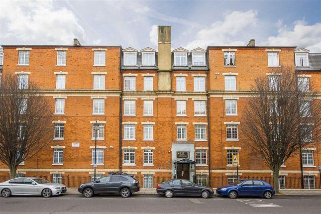 Thumbnail Flat for sale in Harrowby Street, London