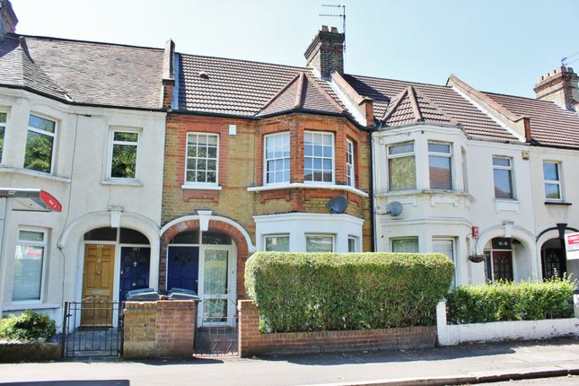 Thumbnail Maisonette to rent in Chingford Lane, Woodford Green