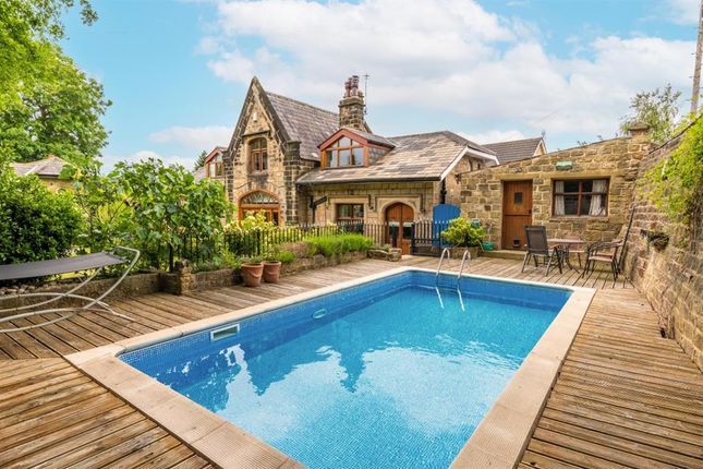 Thumbnail Detached house for sale in Coachways, Newlaithes Road, Horsforth