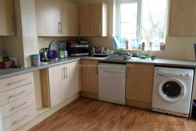Thumbnail Detached house to rent in Bowker Street, Salford