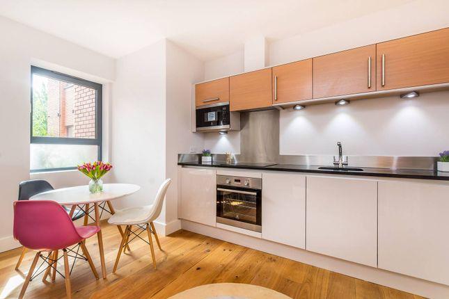 Thumbnail Flat to rent in High Street, Feltham