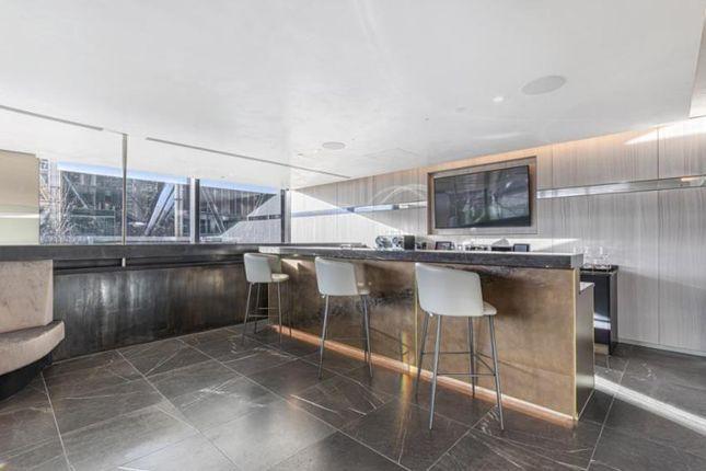Residents Lounge of Principal Tower, Worship Street, Shoreditch, Liverpool Street, London EC2A