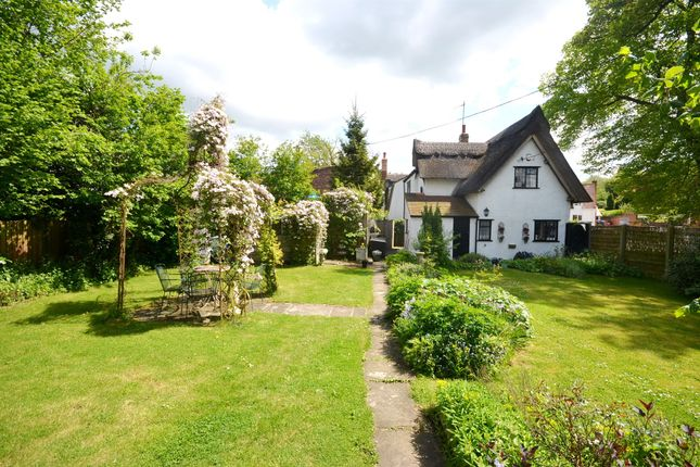 Thumbnail Cottage for sale in Spains Hall Road, Finchingfield, Braintree