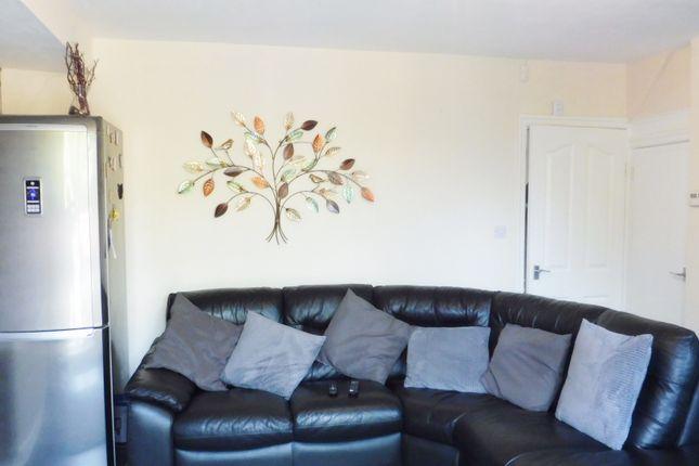 Sitting Area of Summer Lane, Wombwell S73