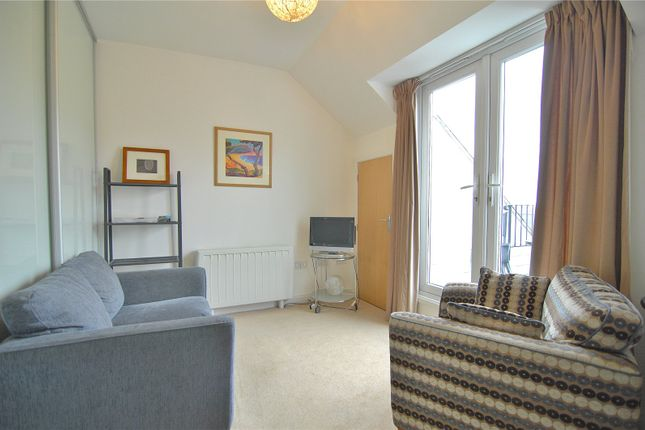 Picture No. 12 of Little Mill Court, Stroud, Gloucestershire GL5