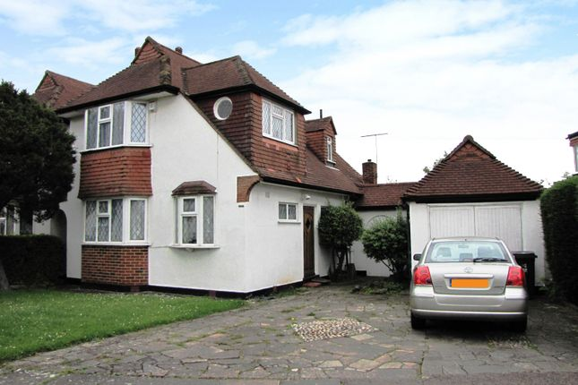 Thumbnail Detached house to rent in Knightwood Crescent, New Malden