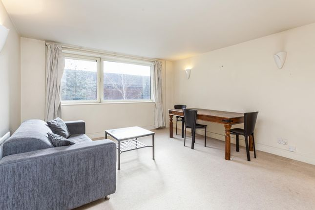 Thumbnail Flat for sale in Consort Rise, 199-203 Buckingham Palace Road, Belgravia, London