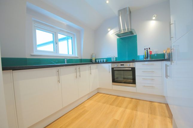 Thumbnail Terraced house to rent in 23 Victoria Place, Stoke, Plymouth, Devon