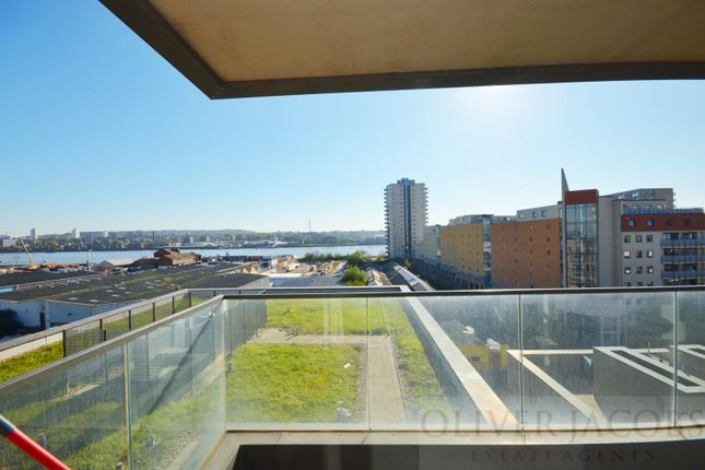 Thumbnail Flat to rent in Connaught Heights, 2, Agnes George Walk, London