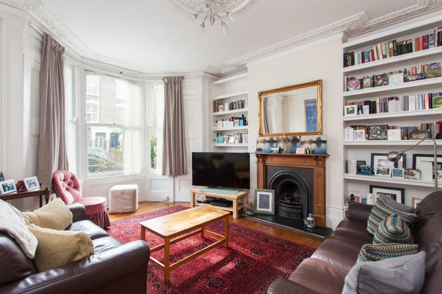 Thumbnail Terraced house for sale in Kings Crescent, London