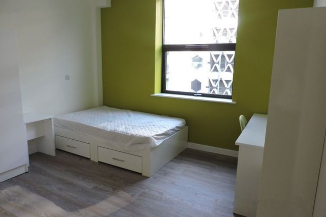 Thumbnail Flat to rent in Prince Street, Bristol
