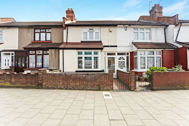 Thumbnail Terraced house for sale in Southend Lane, London