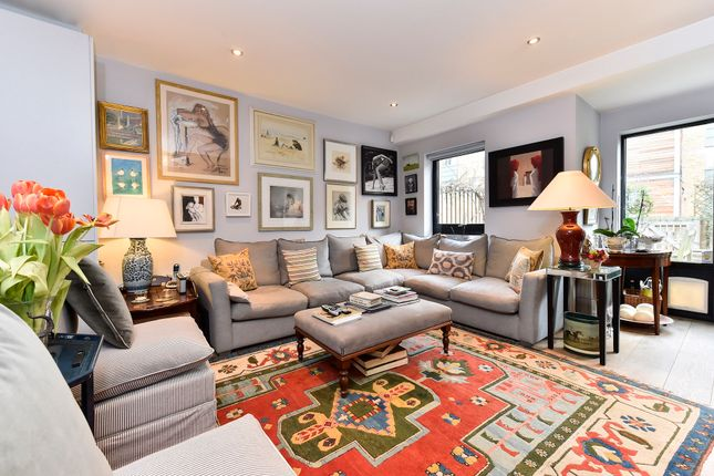 Thumbnail Town house to rent in Elbe Street, London