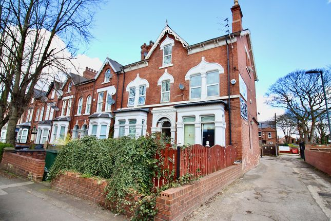 Thumbnail Property for sale in Kings Road, Doncaster