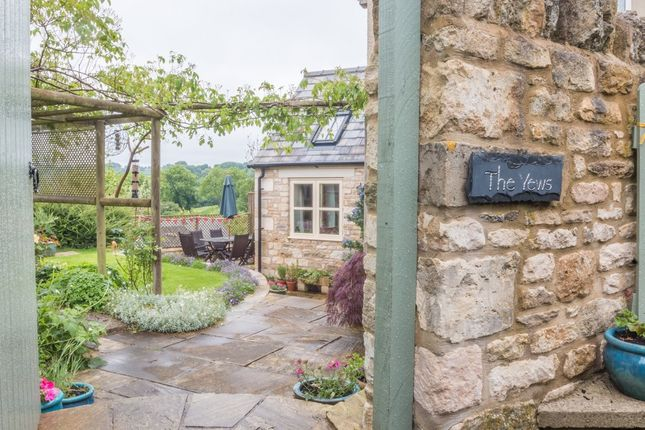 Thumbnail Detached house to rent in Eastcombe, Stroud