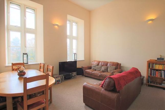 Lounge of Smillie Court, Dundee DD3