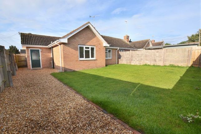 Thumbnail Bungalow for sale in St. Matthews Close, Salford Priors, Evesham