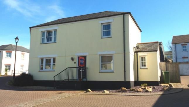 3 bed terraced house for sale in Redruth, Cornwall