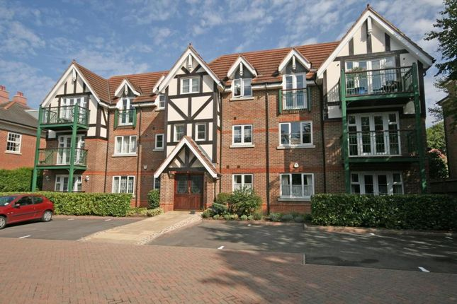 Thumbnail Flat to rent in Maplewood Court, Eastbury Avenue, Northwood