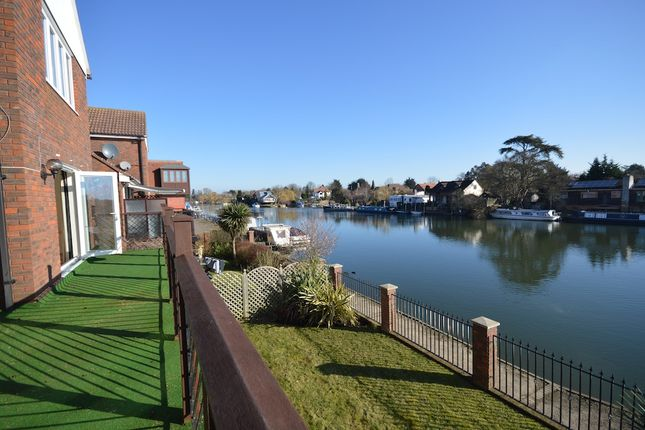 Thumbnail Detached house for sale in The Moorings, Old Windsor