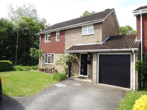3 bed link-detached house for sale in Chineham, Basingstoke, Hampshire