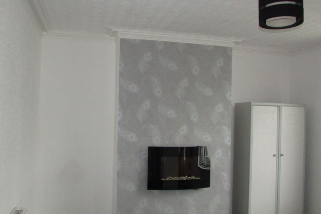 Thumbnail Flat to rent in Clare Street, Blackpool, Lancashire