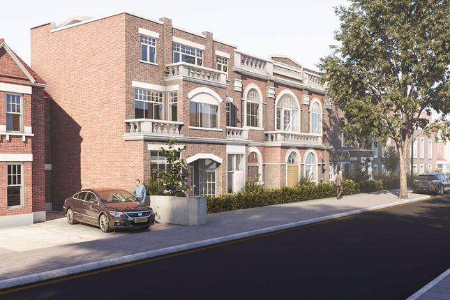 Thumbnail Flat for sale in Hanworth Road, Feltham