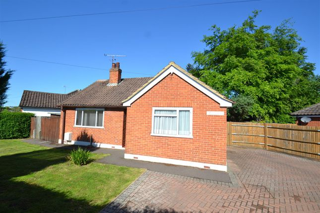 Thumbnail Detached bungalow for sale in Cheyne Walk, Horley