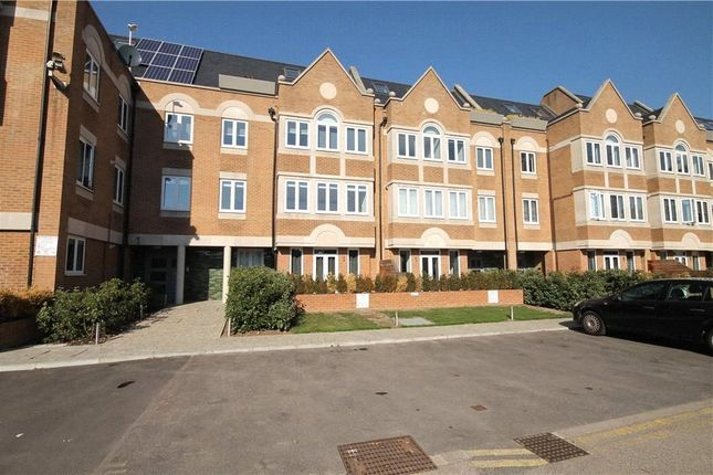 Thumbnail Flat to rent in Walpole Court, Ealing Green, Ealing