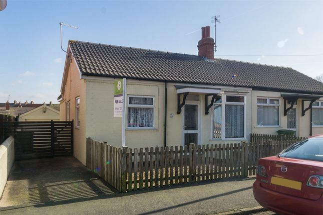 Thumbnail Semi-detached bungalow for sale in Lee Avenue, Withernsea, East Riding Of Yorkshire