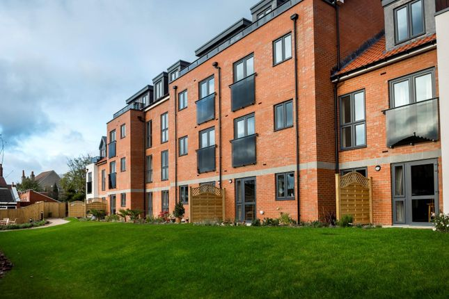 Thumbnail Flat for sale in Devonshire Grange, Devonshire Avenue, Roundhay, Leeds