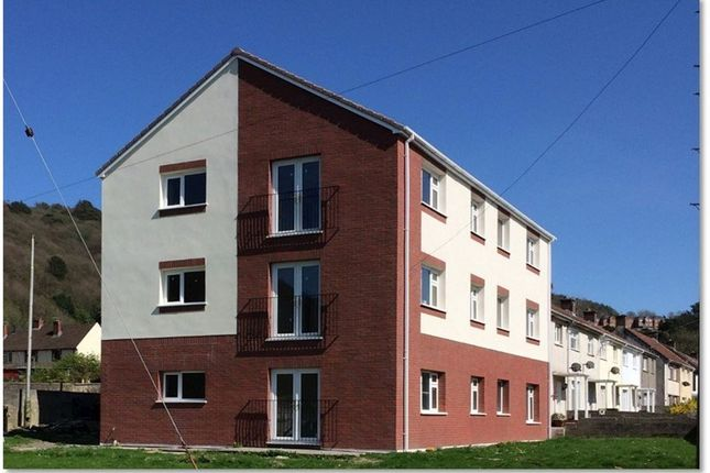 Thumbnail Flat to rent in Greenwood Road, Baglan