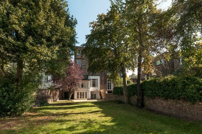 Thumbnail Semi-detached house for sale in Pembridge Place, London