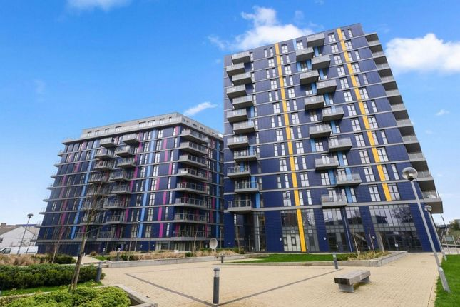 Thumbnail Flat for sale in Cosgrove House, Hatton Road, Wembley