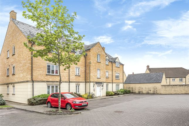 Thumbnail Flat to rent in Harvest Grove, Madley Park, Witney