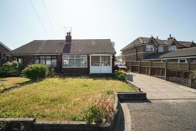 Thumbnail Bungalow to rent in Stanley Grove, Horwich, Bolton