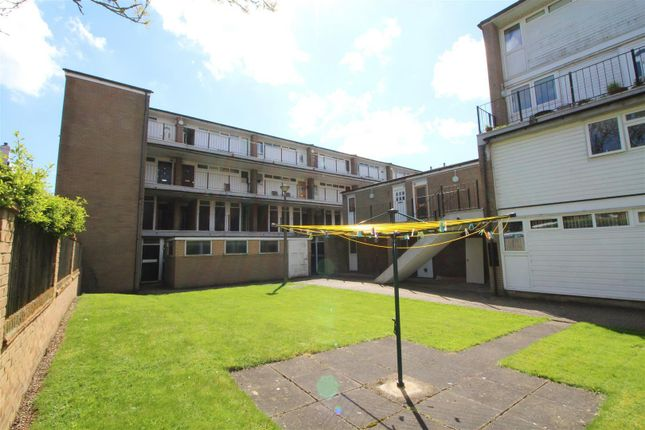 1 bed flat for sale in High Street, Elstree, Borehamwood WD6