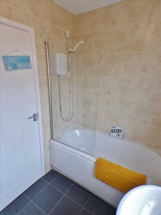 Bathroom (2) of Cloverhill View, West Mains, East Kilbride G74
