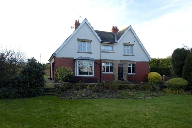 Thumbnail Detached house to rent in Silkstone Lane, Cawthorne, Barnsley