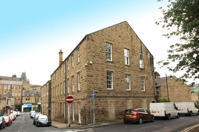 1 bed flat to rent in Bar Street, Batley WF17
