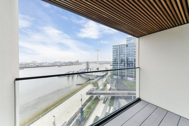 1 bed flat to rent in Greenwich Peninsula, London SE10