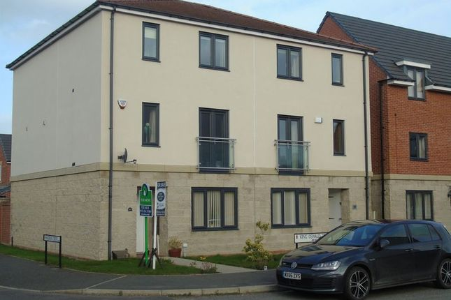 Thumbnail Town house for sale in King Oswald Drive, Blaydon-On-Tyne