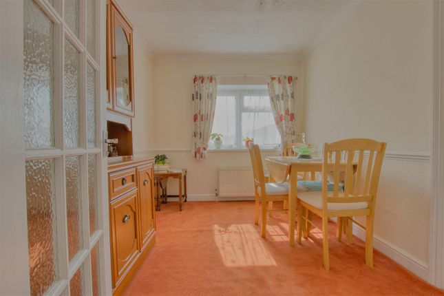 Dining Room of Elstree Park, Barnet Lane, Borehamwood WD6